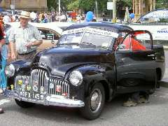 1952 Holden utility - 48/215 series
