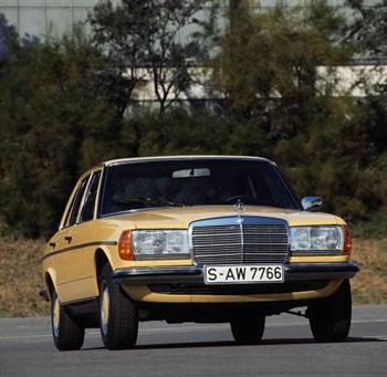 Mercedes-Benz W123 model (copyright image)