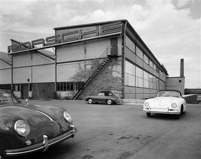 The model 356 Type A in front of the Porsche Plant 2 at Zuffenhausen, 1955 (copyright image)