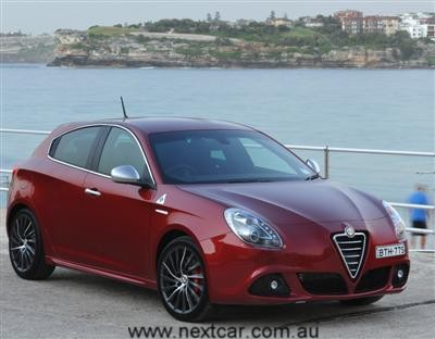 Alfa Romeo Giulietta Qv. Alfa Romeo Giulietta QV