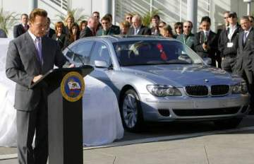 BMW Hydrogen 7 with the Governor of California, Arnold Schwarzenegger