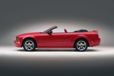 The 2005 Ford Mustang convertible