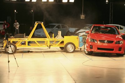 Holden VE crash testing