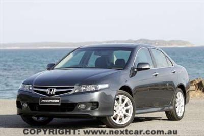 i.honda.accord.euro.grey.left.05nov.jpg