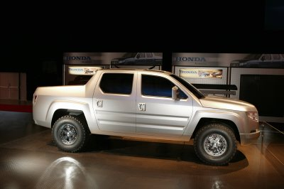Honda on 2006 Honda Ridgeline Concept Truck Will Be The Basis Of Honda S New