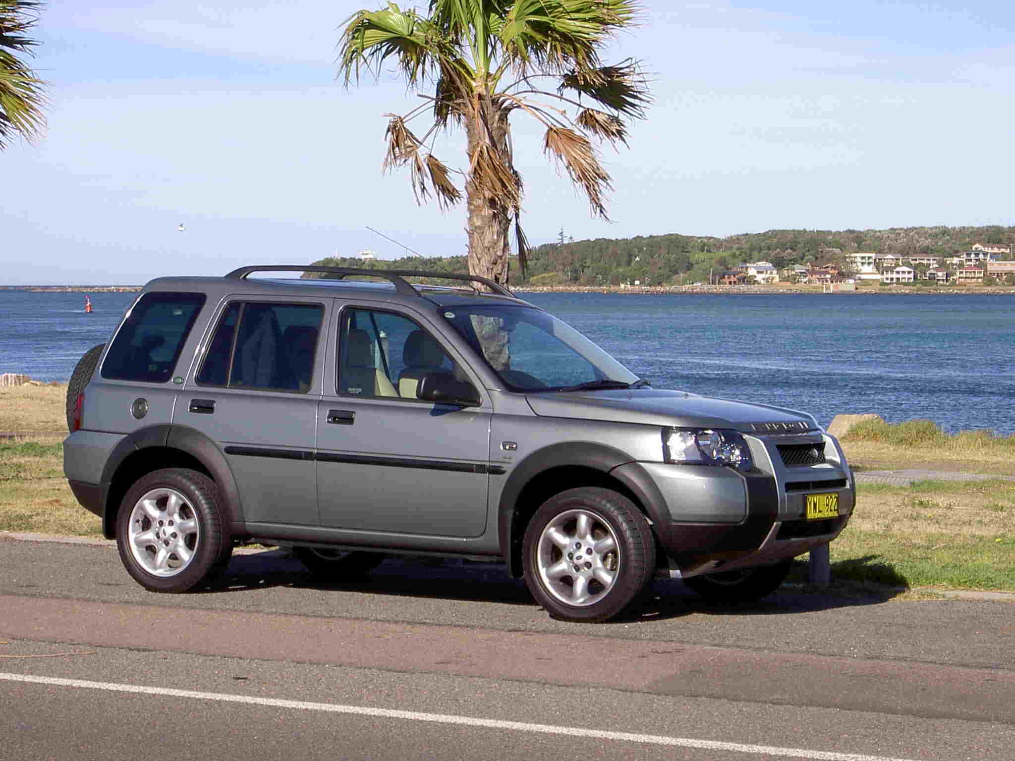 land rover freelander road test next car pty ltd 15th. Black Bedroom Furniture Sets. Home Design Ideas