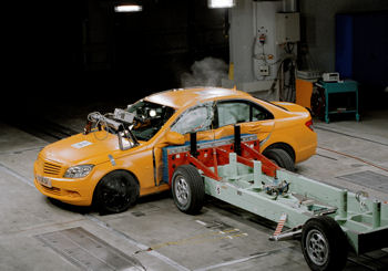 New Mercedes-Benz C-Class: five stars in the Euro NCAP test