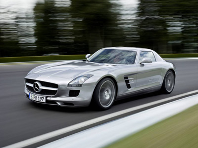 Mercedes-Benz SLS AMG now in production - Image Copyright Mercedes-Benz
