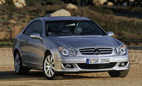 Mercedes-Benz CLK 350 coupe (pictured)