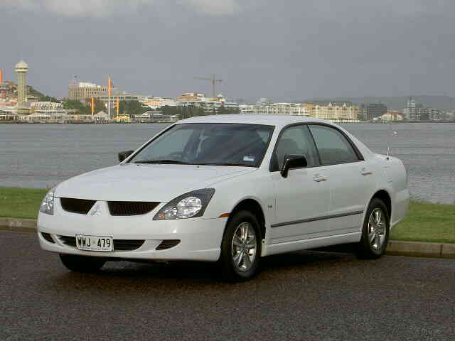 Mitsubishi Magna ES 