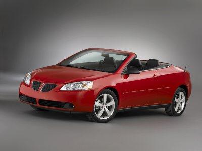 pontiac g6 starts 2006 with momentum next car pty ltd. Black Bedroom Furniture Sets. Home Design Ideas