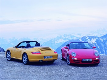 2006 Porsche 911 Carrera 4 cabriolet (yellow)