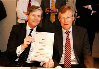 Jan �ke Jonsson and Victor Muller (copyright image)
