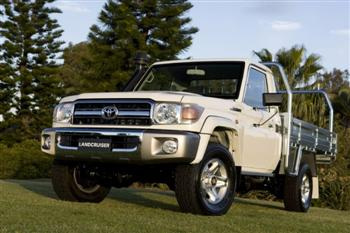 Toyota Land Cruiser GXL 70 Series cab/chassis (copyright image)