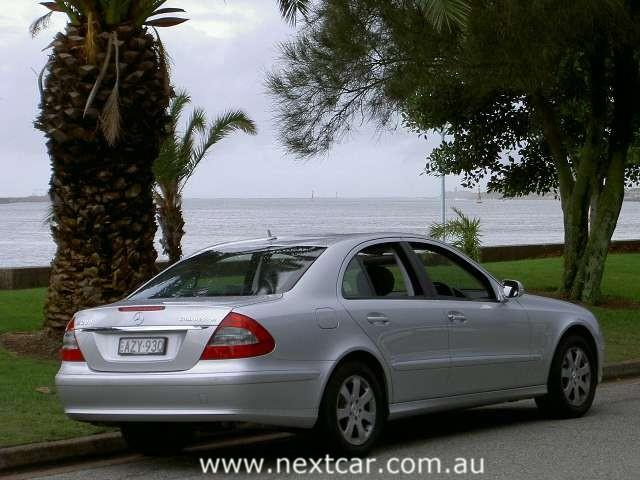Mercedes Benz E200k. Mercedes-Benz E200 KOMPRESSOR