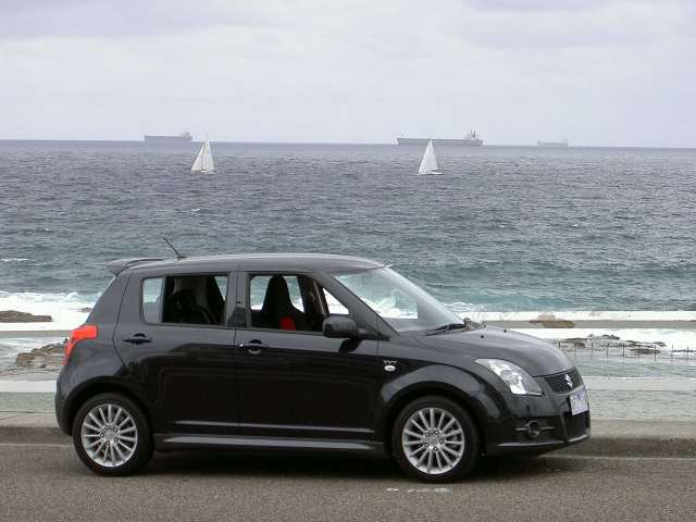 http://www.nextcar.com.au/rt.i.suzuki.swift.sport.black.pool.r.r.00.60.JPG