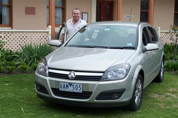 Ken Walker with the Holden Astra CDTi (copyright image)   Click on the image for a larger view