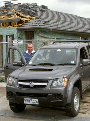 Ken Walker with the Holden Colorado LX 4x4 (copyright image)