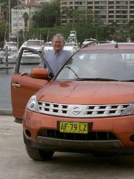 Stephen Walker, Editor  with the Nissan Murano Ti  Location: Rushcutters Bay NSW   Click on the image for a larger view