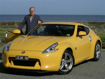 Stephen Walker  with the Nissan 370Z (copyright image)