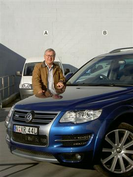 Our Managing Editor, Stephen Walker, with the Volkswagen Touareg R50  